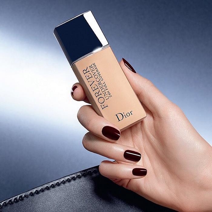 Анонс: новинки тональных средств от Dior и Armani